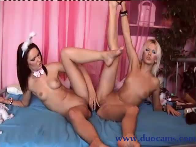 BOOMCHIX private lesbian show